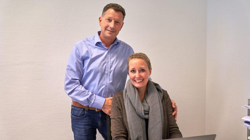 Promedica Plus zieht in das neue Pflegebüro an der Edmund-Weber-Straße, im Bild (v.li.) Marco und Katharina Fritsch.