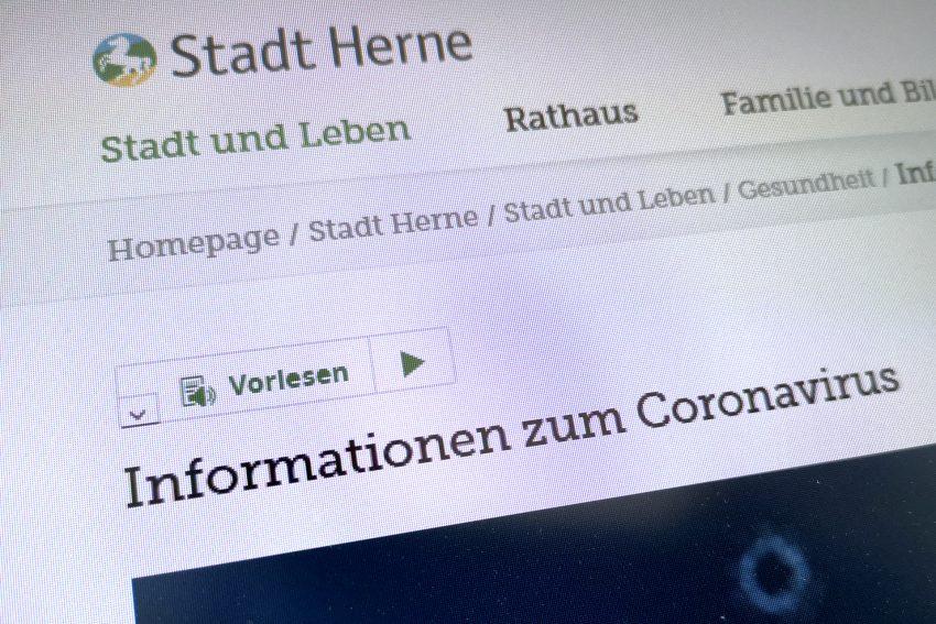 Screenshot von der Homepage der Stadt Herne. Aufnahme vom Sonntag (15.03.2020).