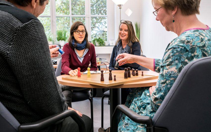 v.l. Alice Naujoks, Annerose Rieger-Hagen, Carina Karmolinski.