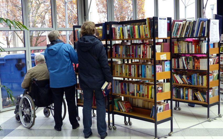 Stadtbibliothek-bietet-Medienabholservice