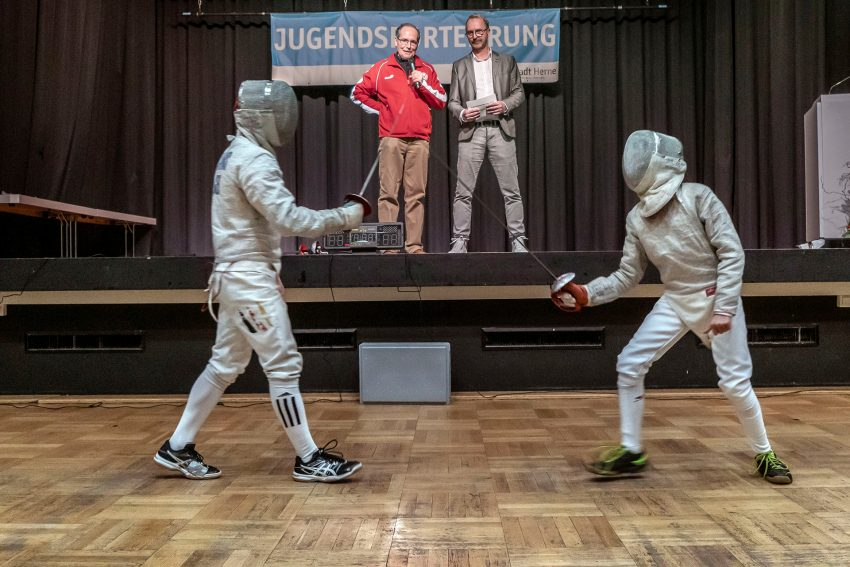 Jugendsportlerehrung 2019: Fechten meets Klassik – HTC-Aktive präsentieren ihren Sport.