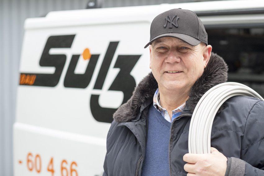 Betriebsübergang bei Elektro Sülz: Joachim Sülz (im Bild) übergibt den Betrieb an seinen bisherigen Bauleiter Jens Feldmann. Aufnahme vom Dienstag (16.02.2021) in Herne (NW).