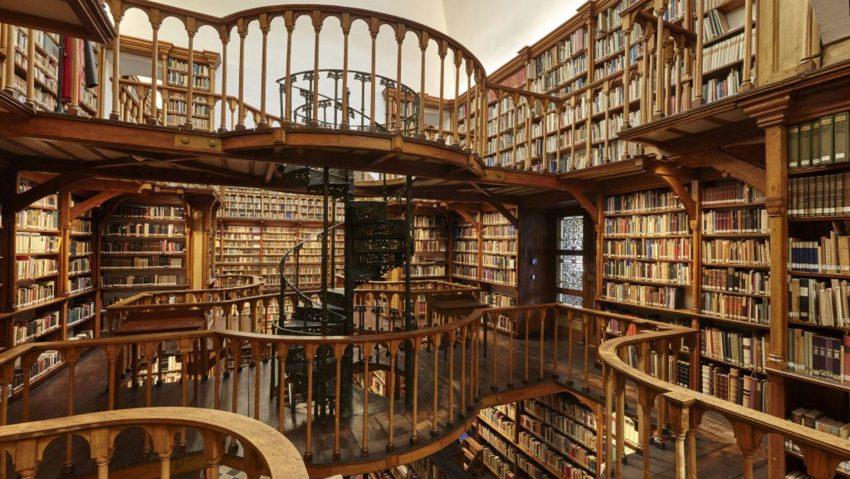 Chance Denkmal: Historischer Charme als Lebensqualität, Klosterbibliothek Abtei Maria Laach.