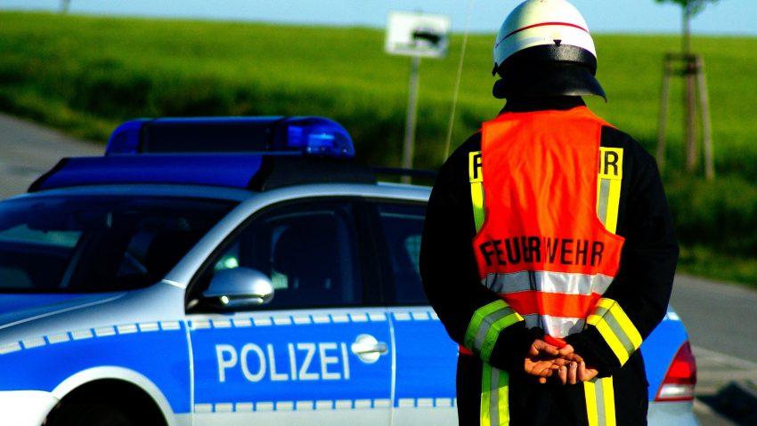 Symbolbild Polizei Feuerwehr