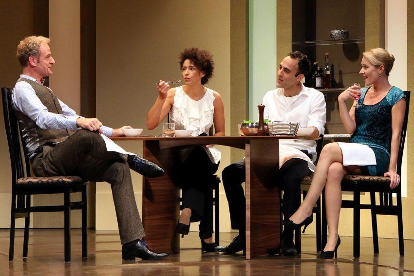Das TourneeTheater THESPISKARREN gastiert am Montag im Kulturzentrum mit dem Stück: Geächtet.