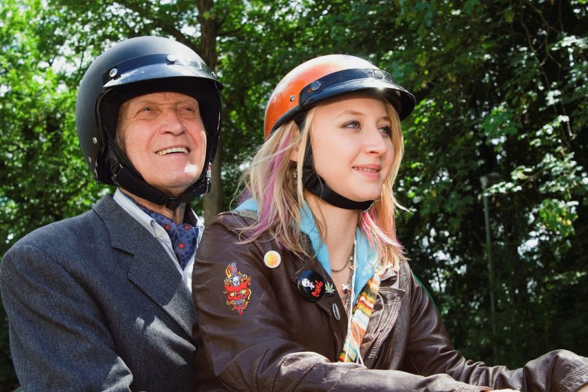 'Späte Aussicht' mit Anna Maria Mühe (r.) eröffnet das Filmfest