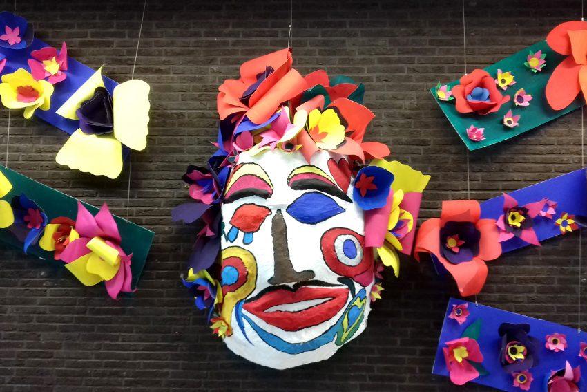 Die Ausstellung MENSCH abstrakt geht existentiellen Fragen nach.