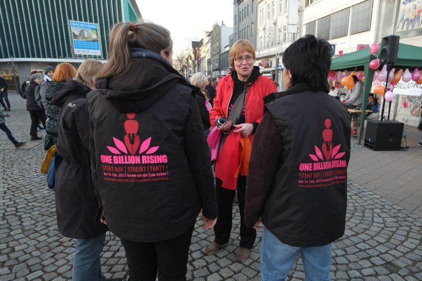 Tanzen gegen Gewalt an Frauen. 2017.