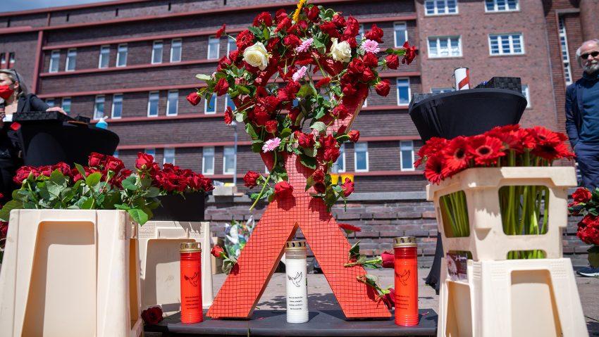 Internationaler Tag der Erinnerung an Drogentote am Buschmannshof mit der Aidshilfe.
