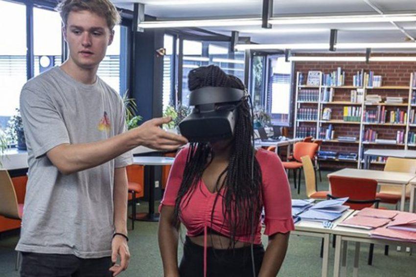 Mit der VR-Brille auf Alltagssituationen vorbereiten.