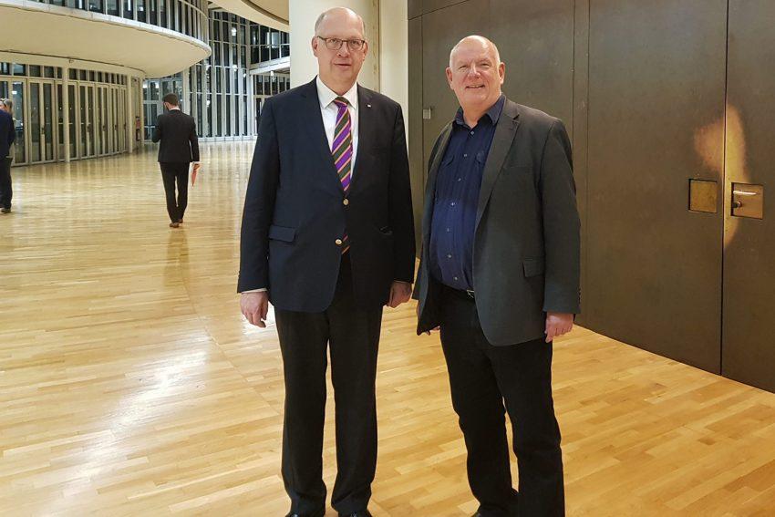 DB-Bevollmächtigten beim Land NRW Werner Lübberink und Thomas Nückel.