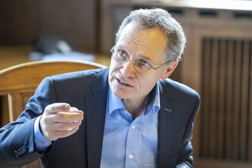 Vorstellung der Zahlen für den Arbeitsmarkt in Herne (NW), am Montag (30.09.2019). Im Bild:Frank Neukirchen-Füsers, der neue Vorsitzende Geschäftsführer der Agentur für Arbeit Bochum, zu der auch die Geschäftsstelle Herne gehört.