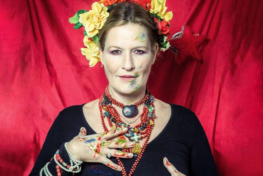 Suzanne von Borsody.