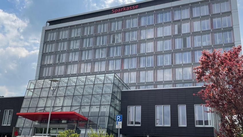 Die Herner Sparkasse am Berliner Platz.