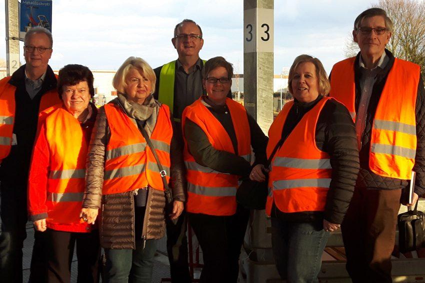 v.l. Michael Brand, Ilse Schottek, Sigrid Hanstein, Horst Tschöke, Andrea Ellerbrock, Gisela Witt-Werth und Heinz-Jürgen Steinbach.