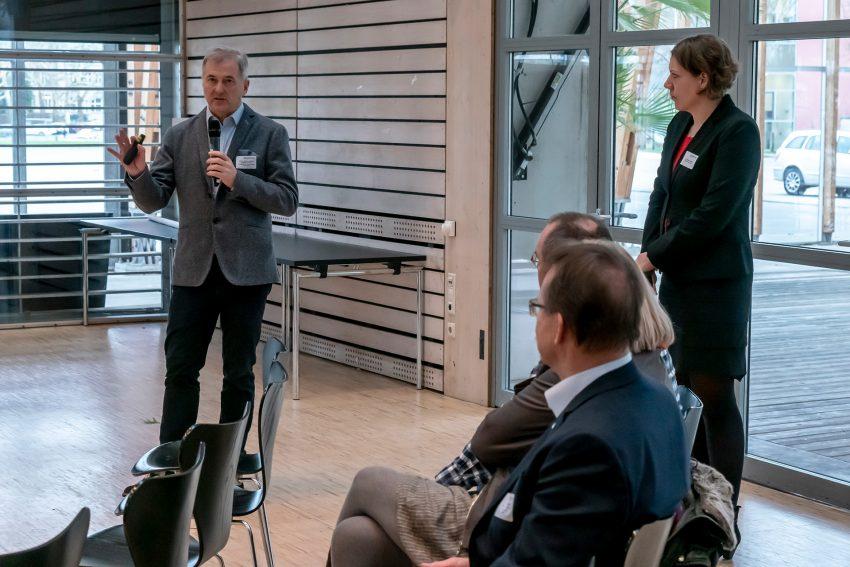 v.l Prof. Dr. med. Matthias Kemen, Dr. Katrin Linthorst.