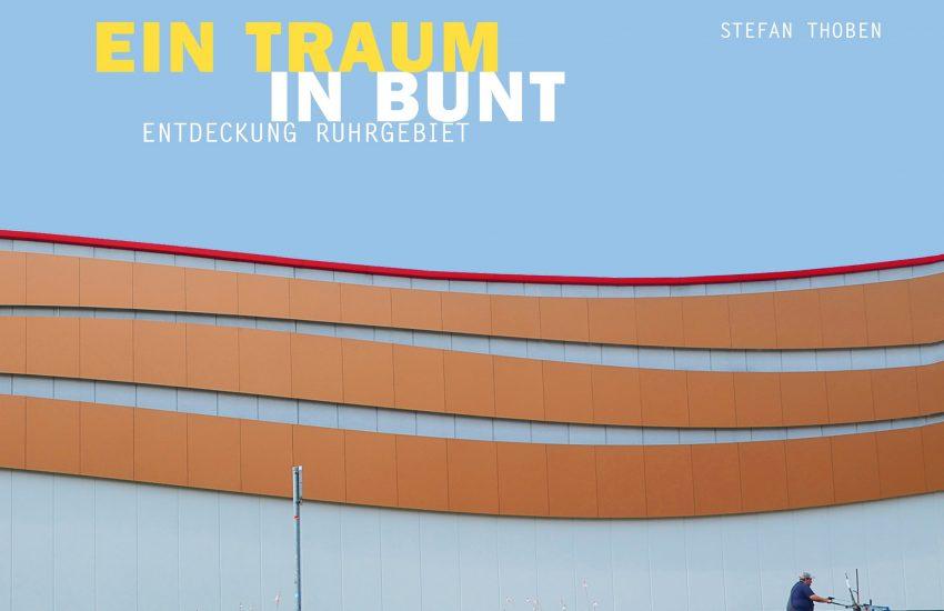 Im Verlag Reiffer aus Meine (Hannover) ist der Bildband über das Ruhrgebiet erschienen.