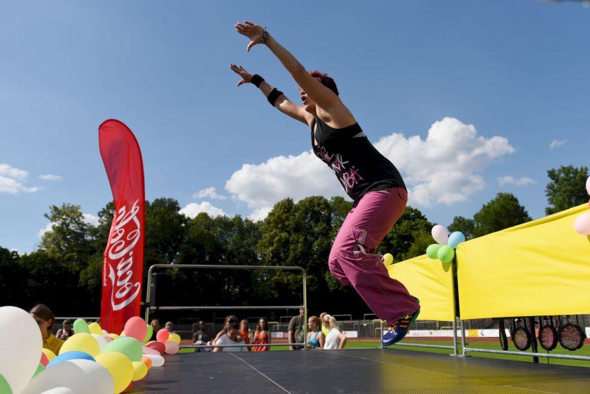 Die 1. Zumba Open Air Party fand am Samstag (27.6.2015) in der Mondpalast-Arena statt.