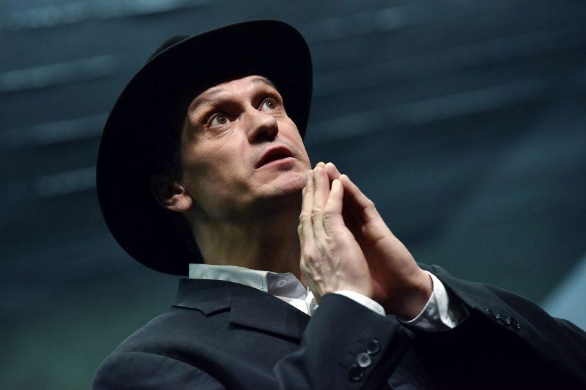 Guido Thurk in der Titelrolle des Juden Nathan.