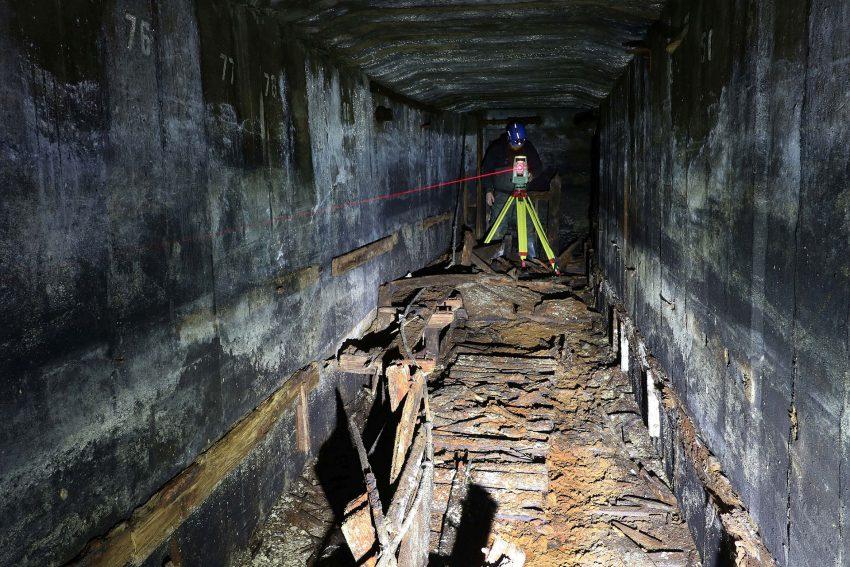 Der Bunker wird vermessen.
