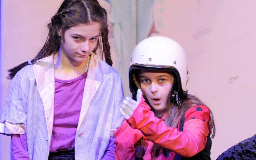 Schauspielkursus für Kinder zwischen 9 und 14 Jahren: KleineHaie startet am 7. Mai 2019.